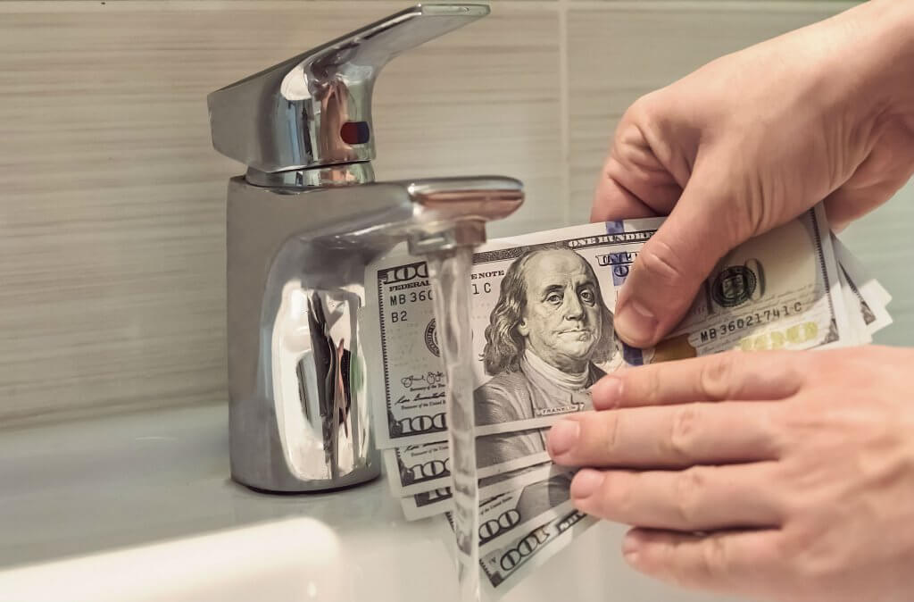 Tips-for-Saving-Money-on-Water-Bill